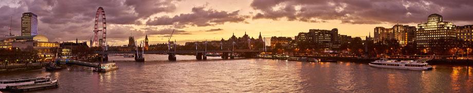 P4C48  Thames Sunset, London, UK