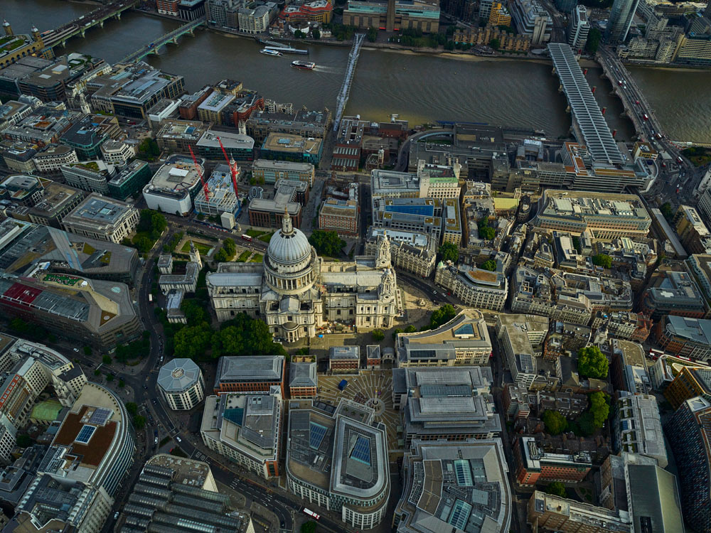 V11C14  St Paul's Cathedral from the Air