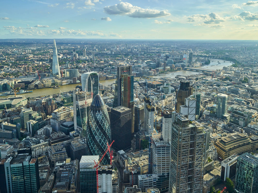 V11C8 Aerial View of The City of London